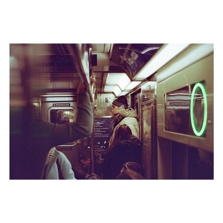 35mm, leicam6, film, streetphotography - sebastian_vigil_ba | ello