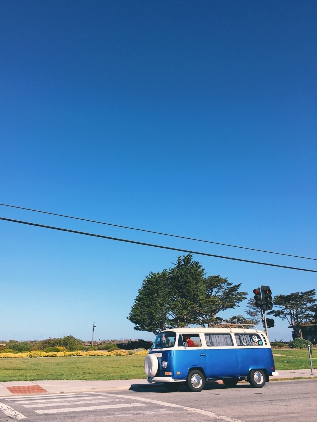 Sky blue - tramod | ello