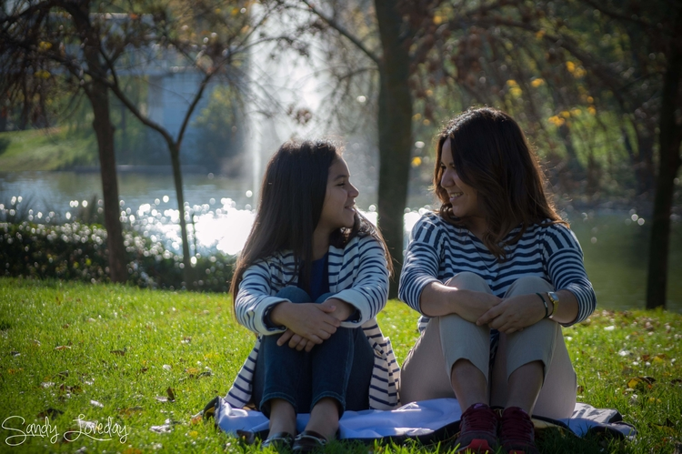 sisters, friends, portrait, park - sandyloveday | ello