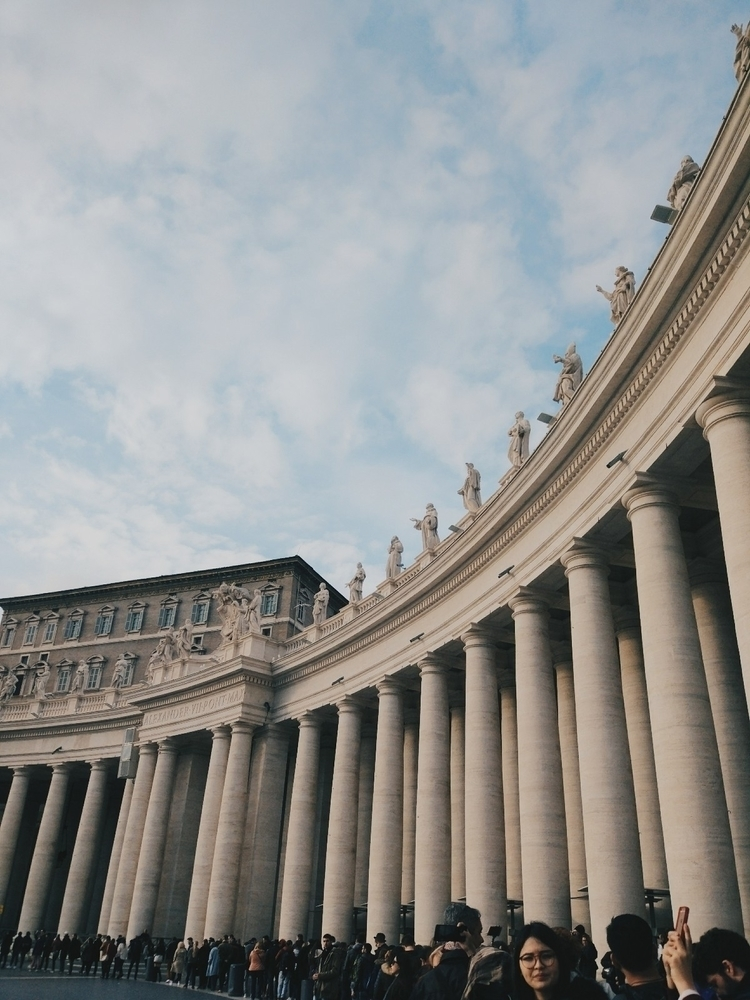 Vatican - adanbohorquez | ello