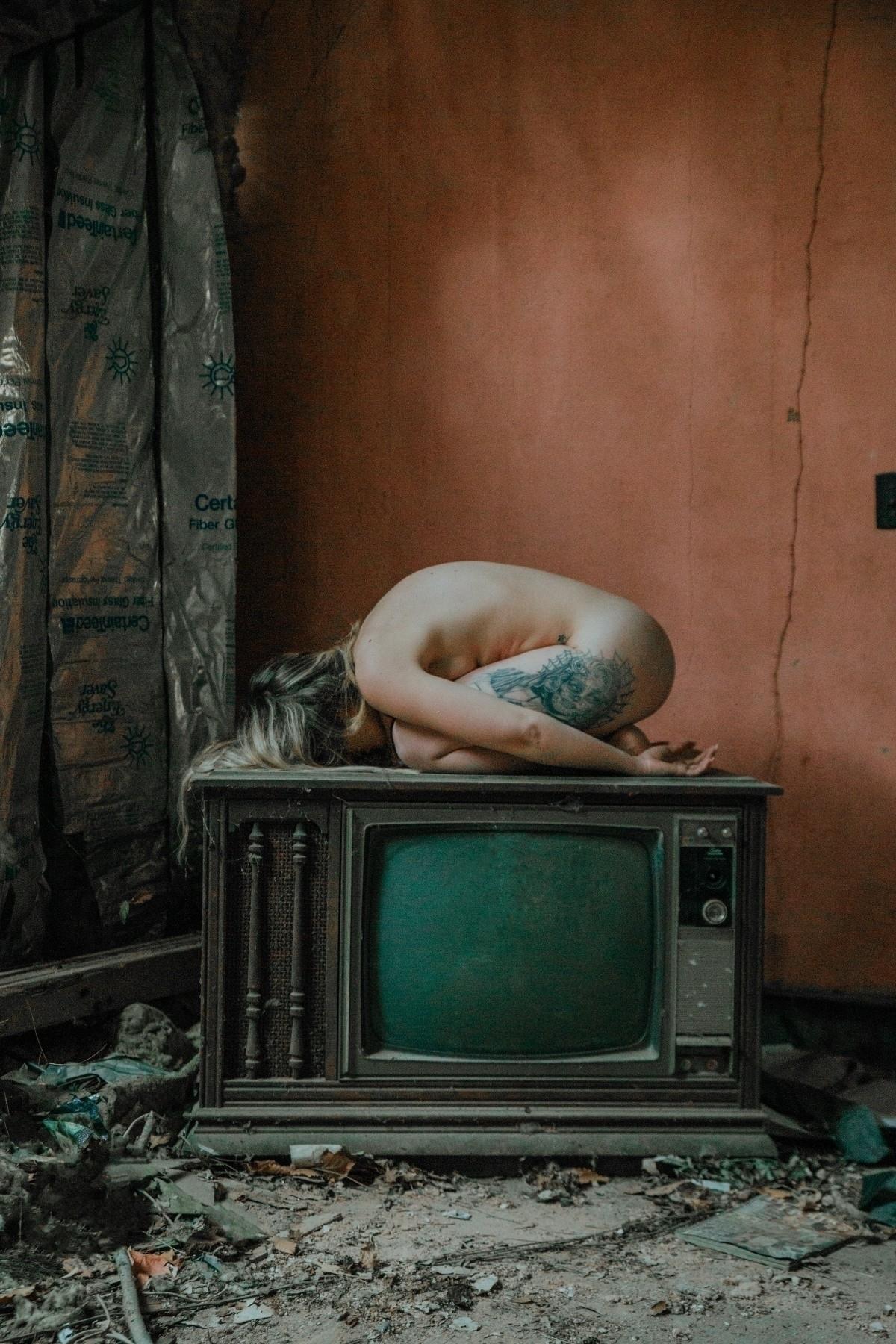 implied, artisticnude, artistic - justinsphotog | ello