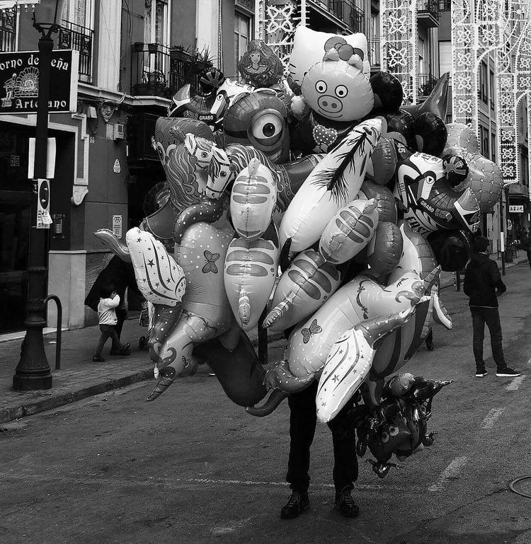 streetphotography, nikon, 50mm - jotahache | ello