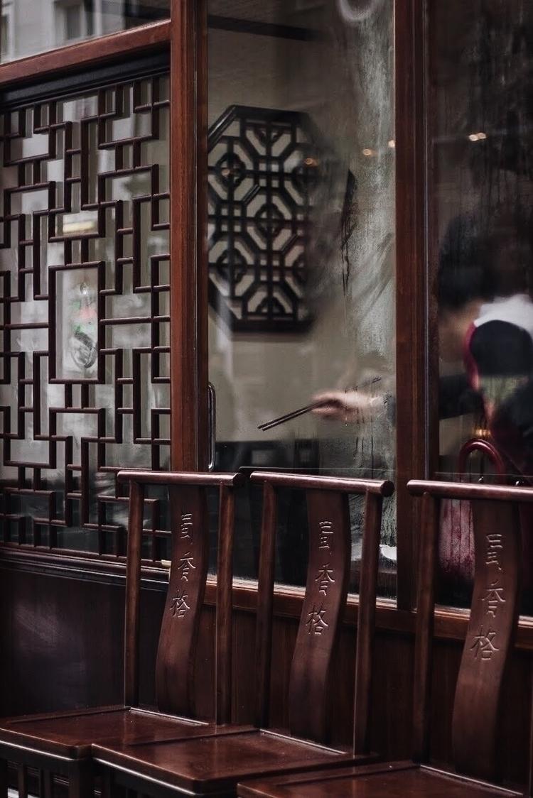 Chopsticks, 2018. London Chinat - iamraph | ello