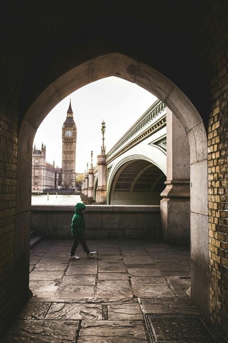 Location: London (UK) picture:  - yanitsch | ello