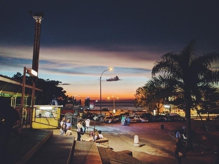 Sunset park (Atardecer en el pa - fedodes | ello