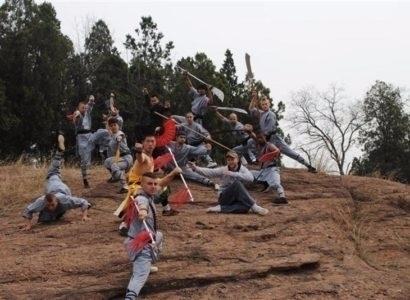Shaolin kung fu school training - learnshaolinkungfu | ello