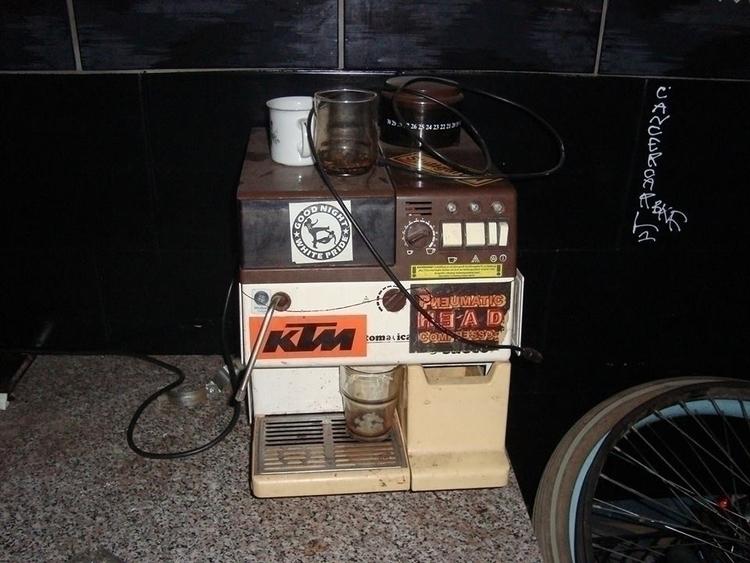 Punkz Kafé (atomic Icekafé - eskark | ello