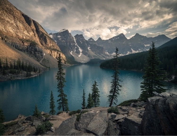 Moraine Lake sunset perfect - explore - itsjahmin | ello