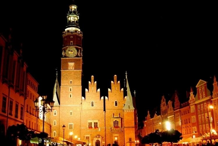 Sud de la Pologne night - k-roline | ello