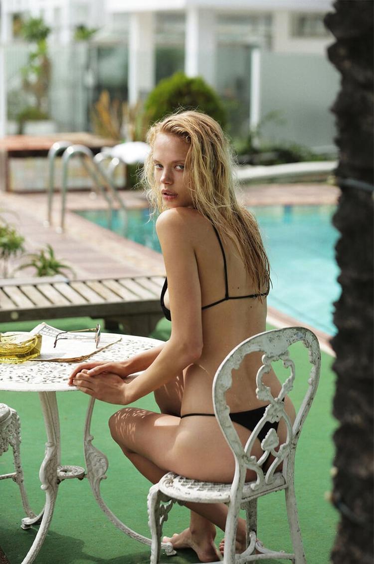 Minimalist Swimwear Asara Swim  - thecoolhour | ello