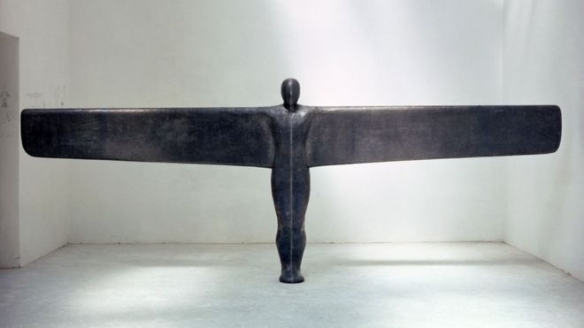 - antony gormley - bluevertical | ello