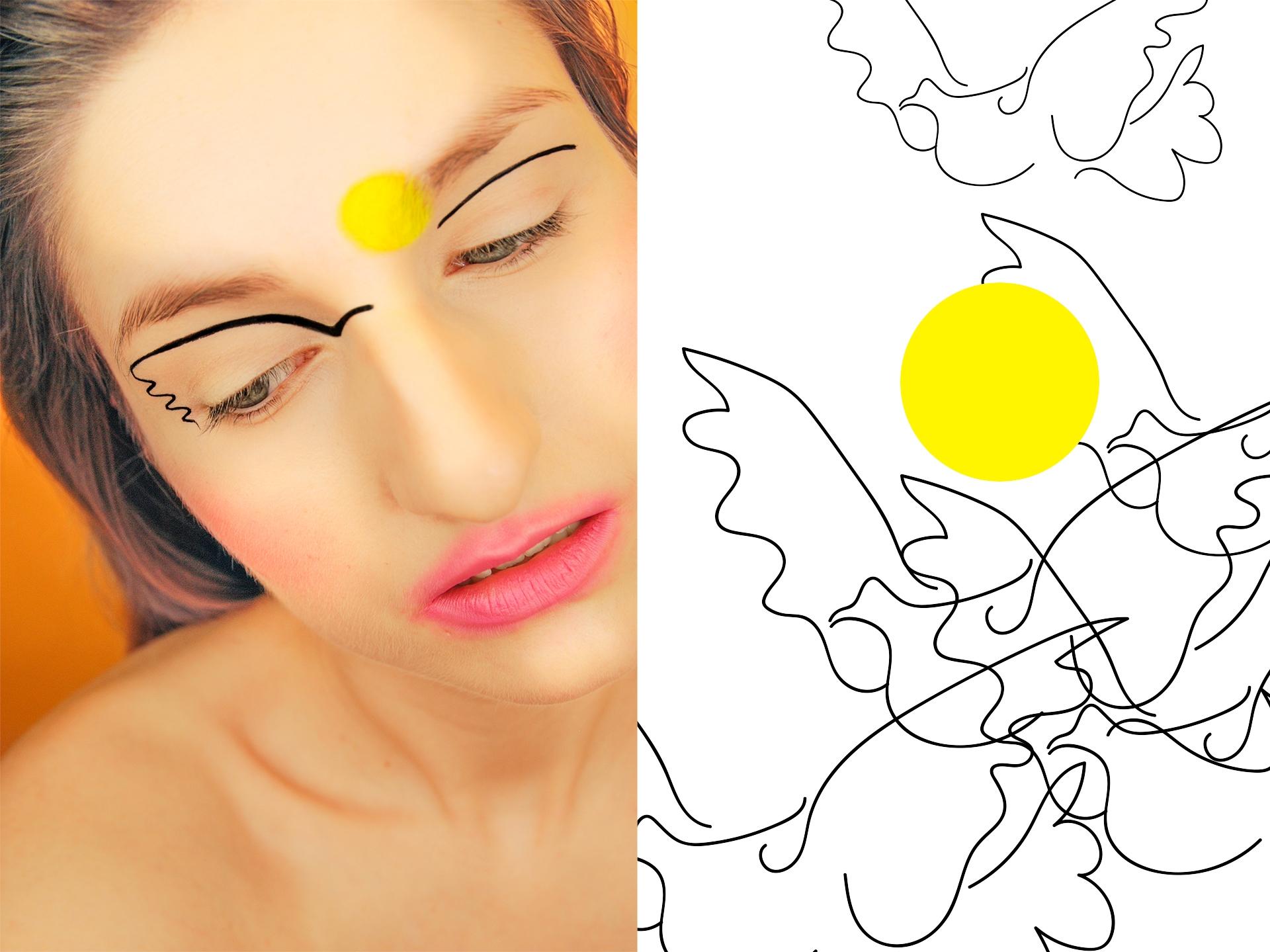 Obraz przedstawia zdjęcie kobiety w makijażu patrzącej w  dół oraz graficzne elementy, takie jak faliste linie i żółte koło.