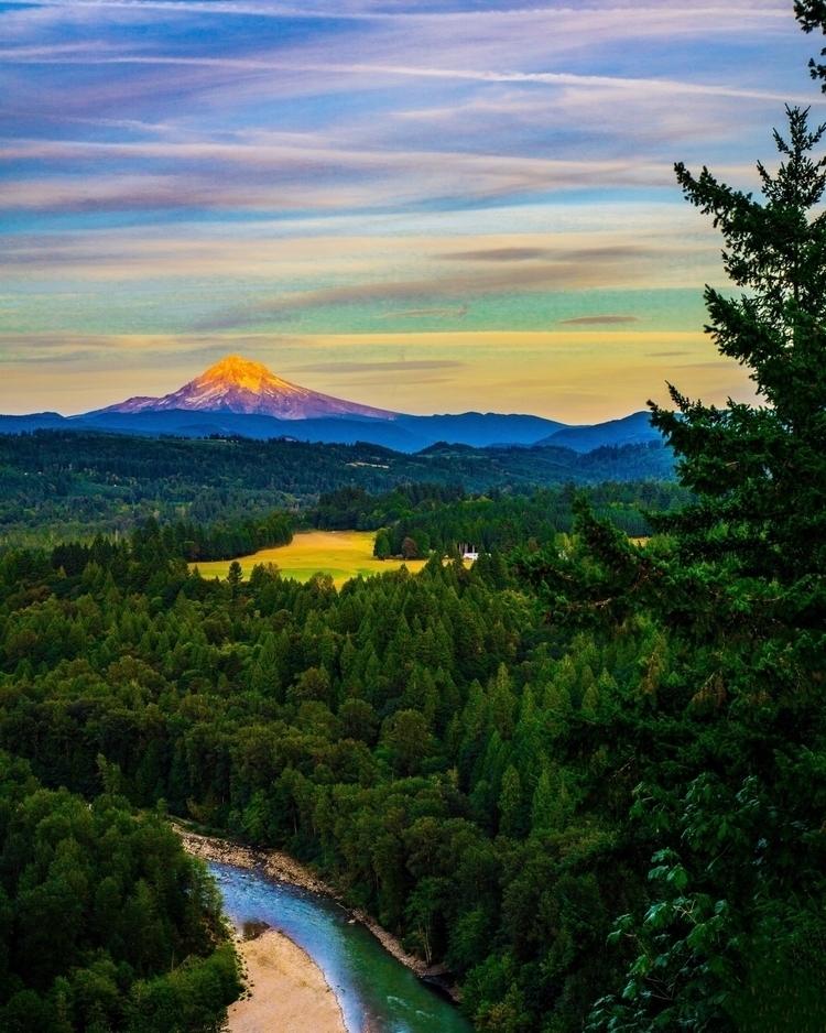 post Portland, Oregon - destinations_in_focus | ello