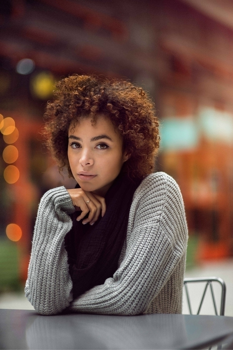 Model: Vanessa Agency: UWM subm - isalabam | ello