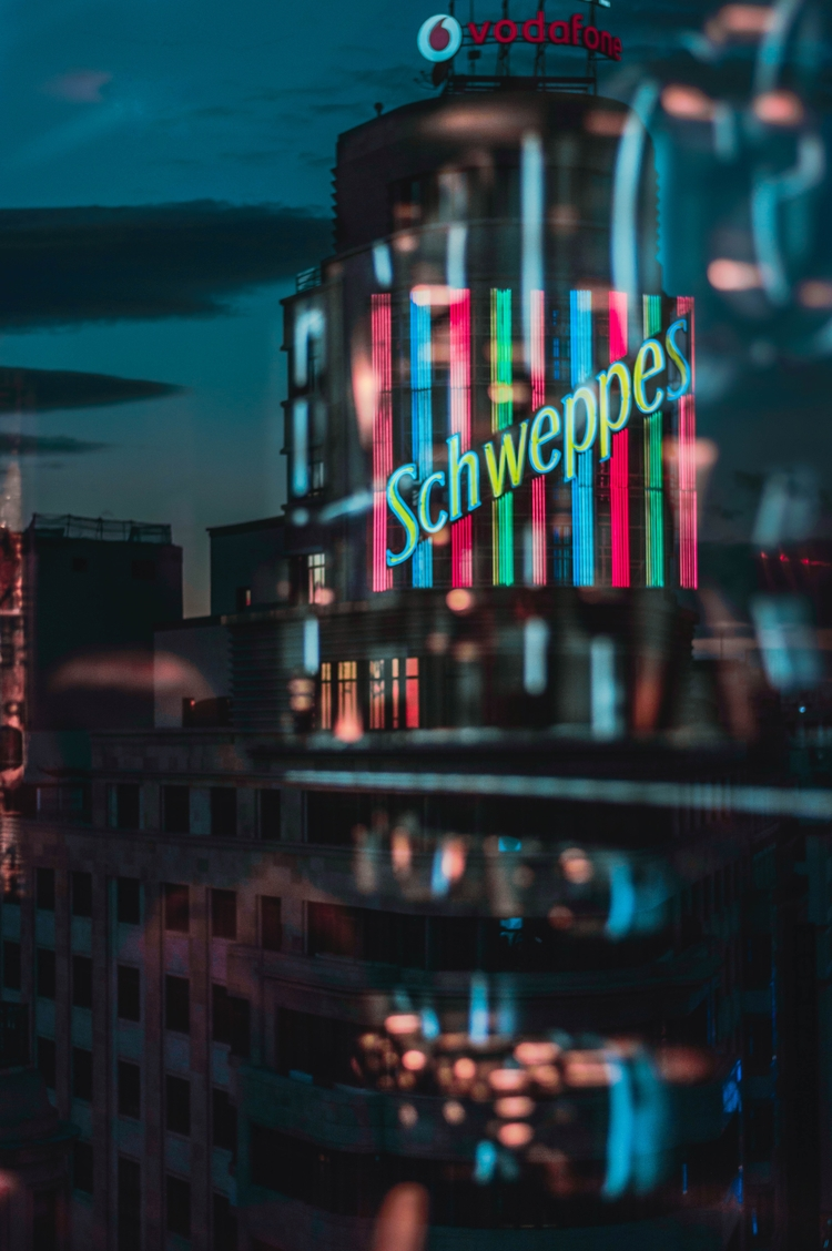 Schweppes - photography, urbanshot - silviahgmez | ello