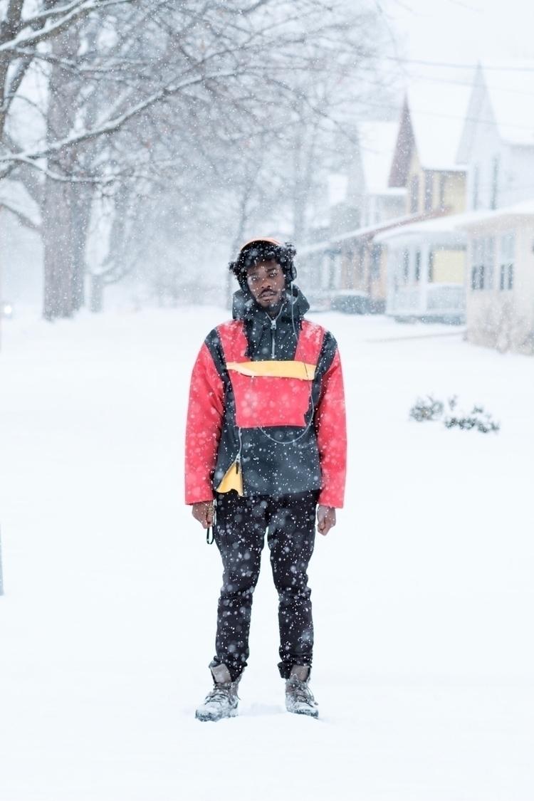Snow day brother - fujifeed, elloportraits - bugie | ello