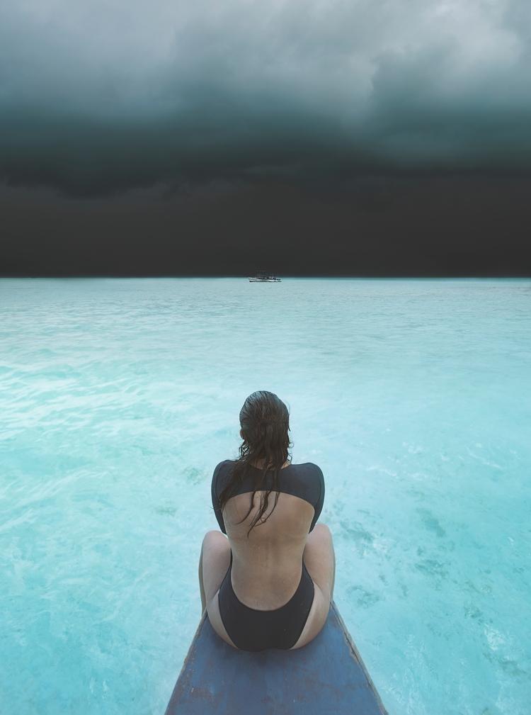calm storm. shot Dear Ocean fil - marc_jo | ello