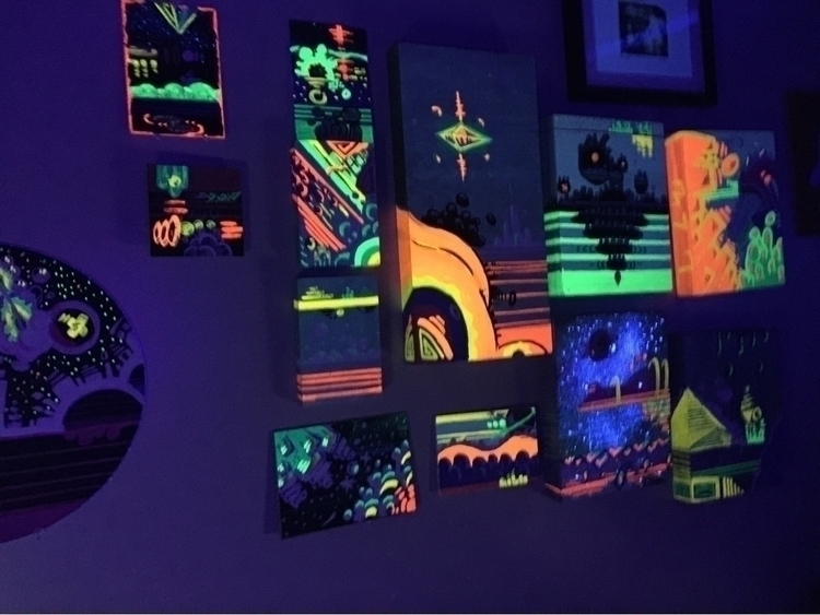 black light - uv, blacklight, wood - tea_jackson | ello