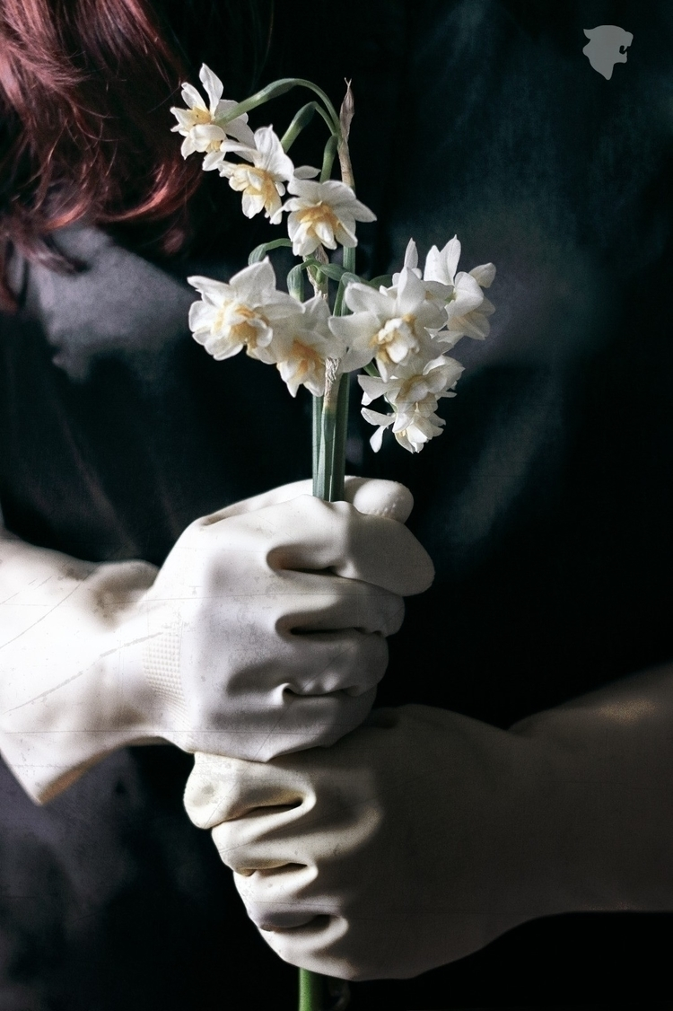 Guante / Glove - spain, españa, spanishphotographer - whatanartt | ello