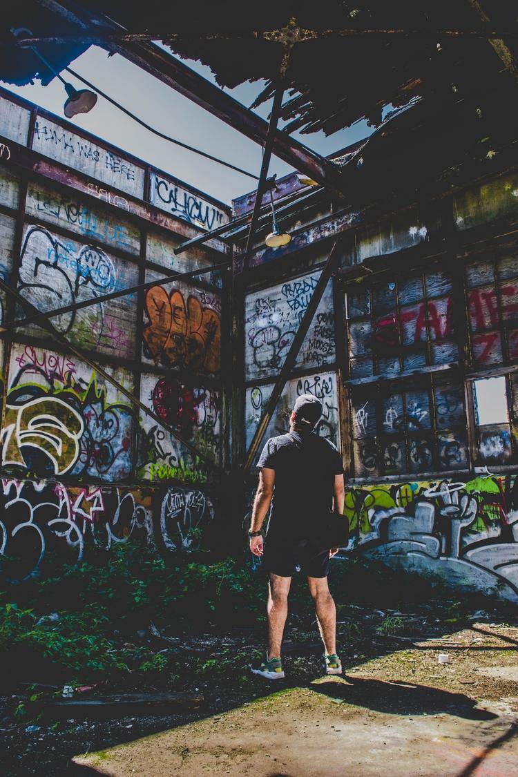 urbanexplore, urbex, abandoned - defiiantt | ello