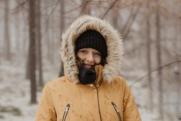 portrait, winter, girl, snow - aleeveegaa27 | ello