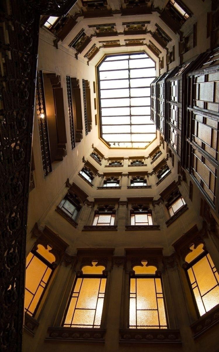 architecture, lookingup, style - joellloret | ello