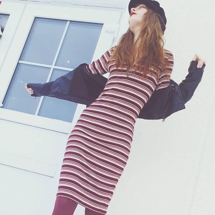 fashion, fashionista, stripy - nate_powwie | ello