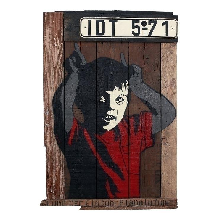 IDT 5-71 | 67 99 cm 2012 - stencil - alias030 | ello