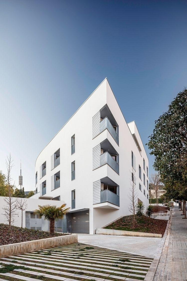 44 habitatges gent gran Quatre  - ravetllatarquitectura | ello