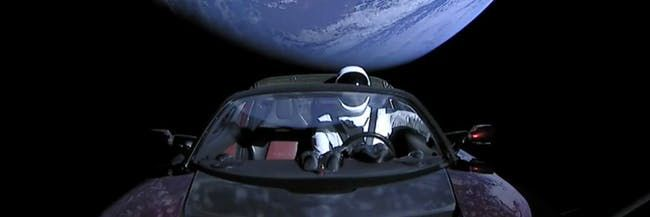 Starman Photo: SpaceX - space, ElonMusk - peligropictures | ello