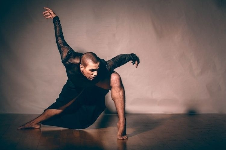 dance Julio Viera - rubenlopez | ello