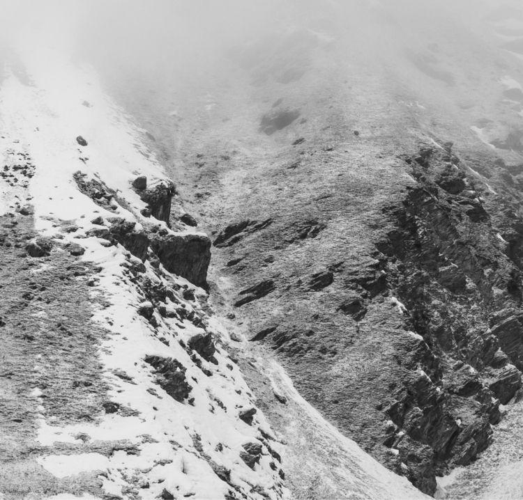 Shades black - mountain, champagnyenvanoise - jdphoto38 | ello