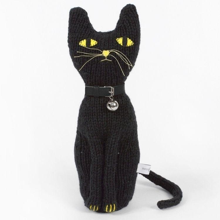 Black Love 🖤 Cat  - severinakids - severinakids | ello