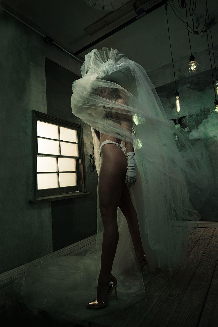 Photographer: Zhen Images Styli - darkbeautymag | ello