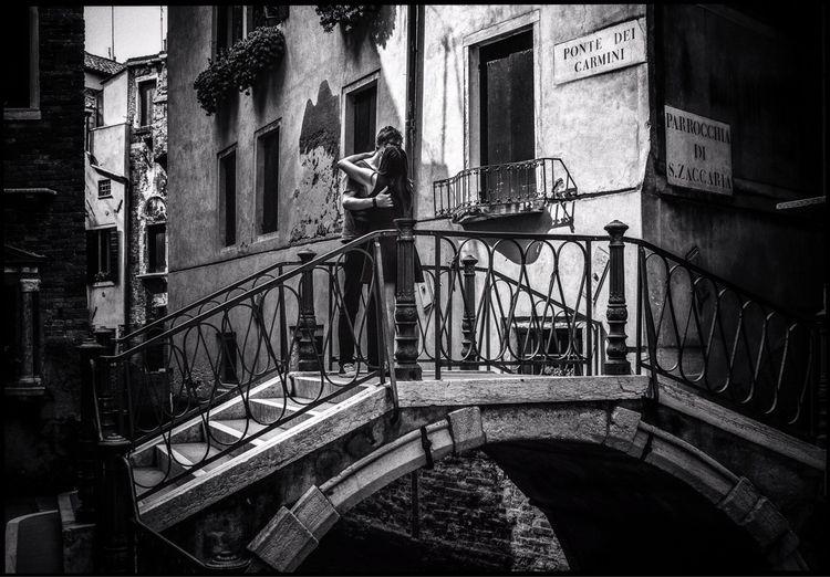 Venice Love - street, candid, love - marcogaia | ello