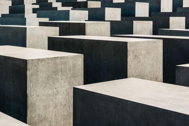 Cubes - Berlín, concrete, monument - jdelrivero   ello