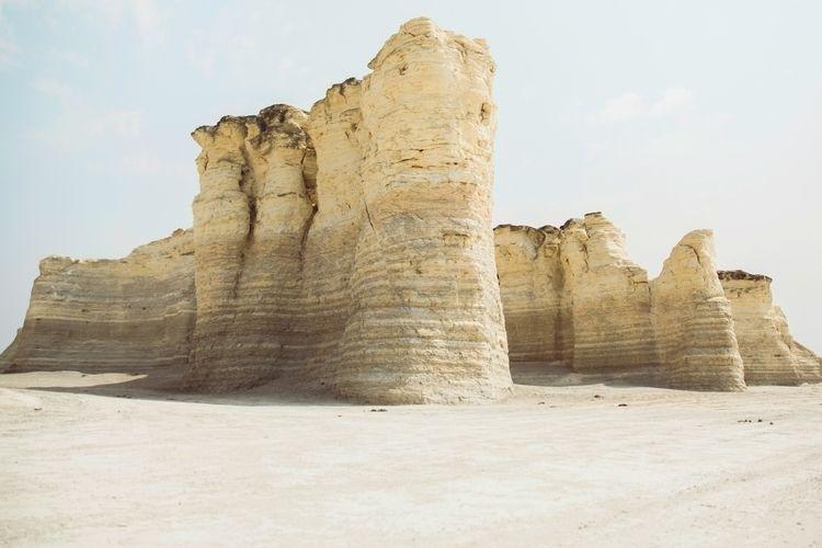 Monument Rocks Oakley Kansas su - amyrenee121 | ello
