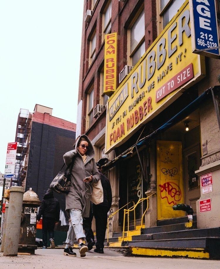 Rubber man Sony A7Riii | Zeiss  - mgm_pef | ello