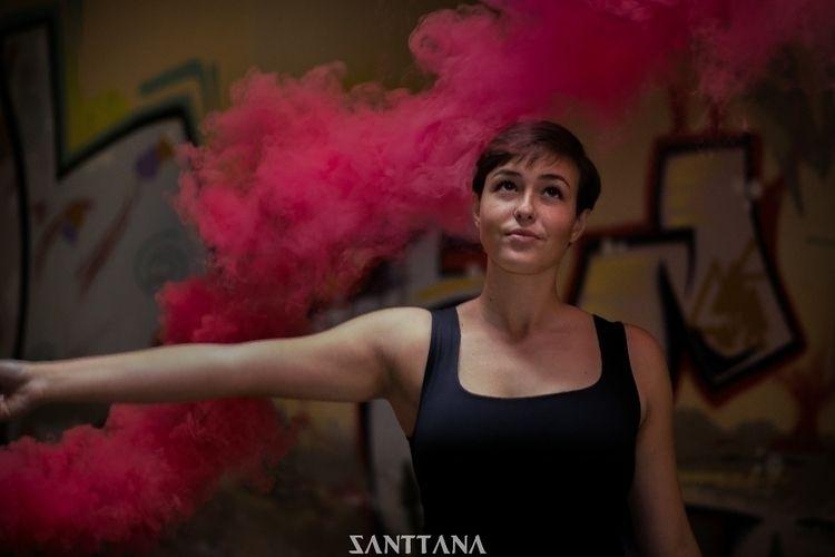 «Leaving smoke» Marina Trujillo - sttnshoot | ello