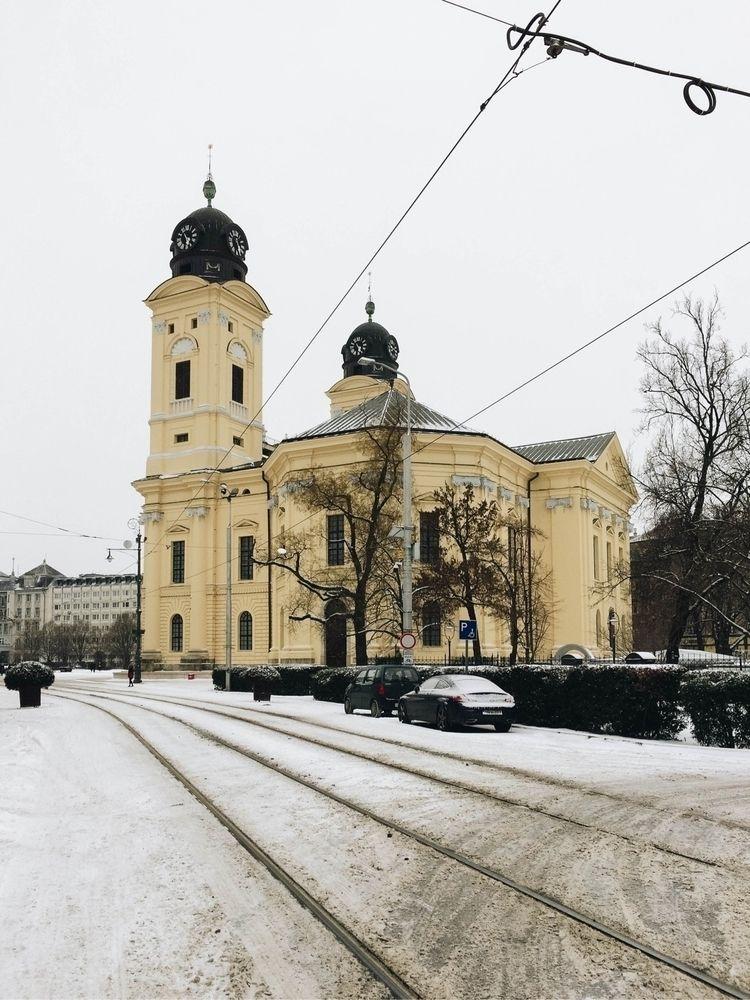 adore snowy cities:snowman_with - gergoszatmari | ello