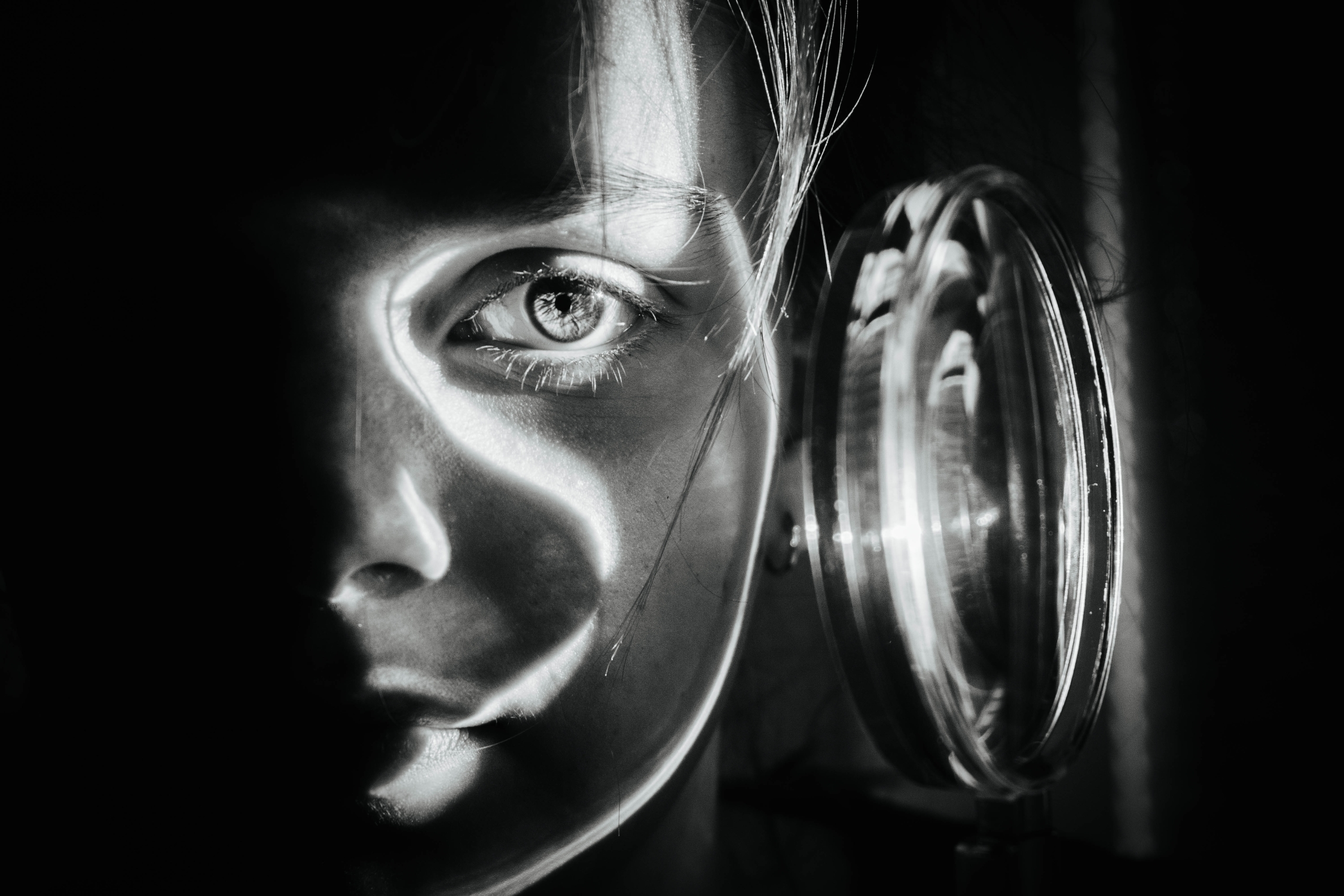 MAGNIFICENT shaping light magni - brecht_vanhoutte | ello