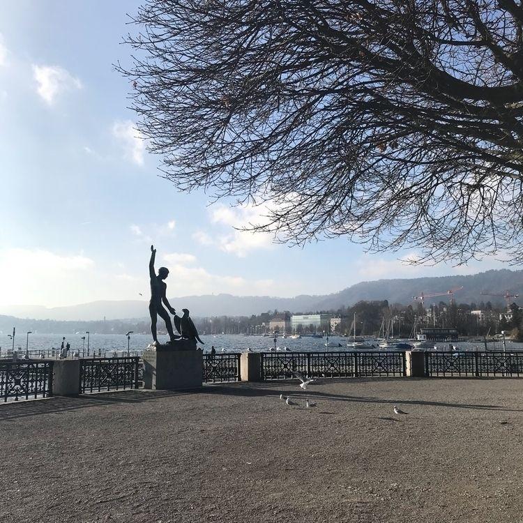 Zurich,, Switzerland - frau_w | ello