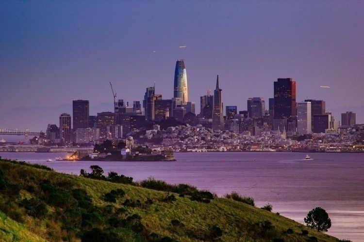San Francisco Nights! Submitted - marvinofgi | ello