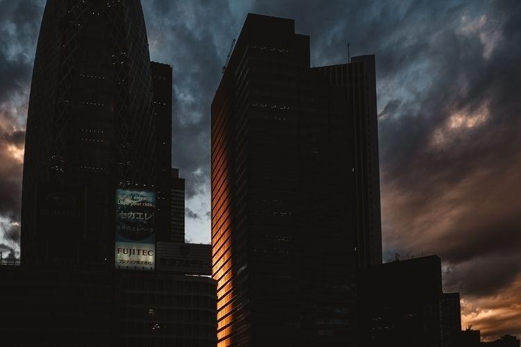 Shinjuku, Tokyo - artofvisuals, citybestpics - adamkozlowski | ello