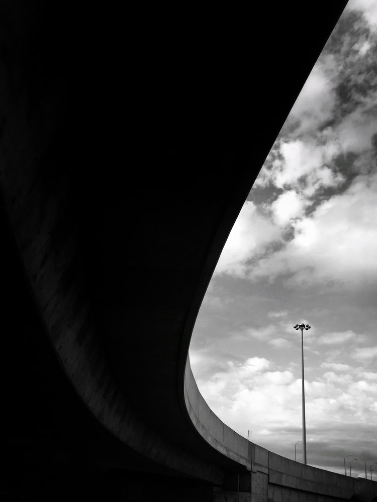 standing light..... Overpass, S - russell2 | ello