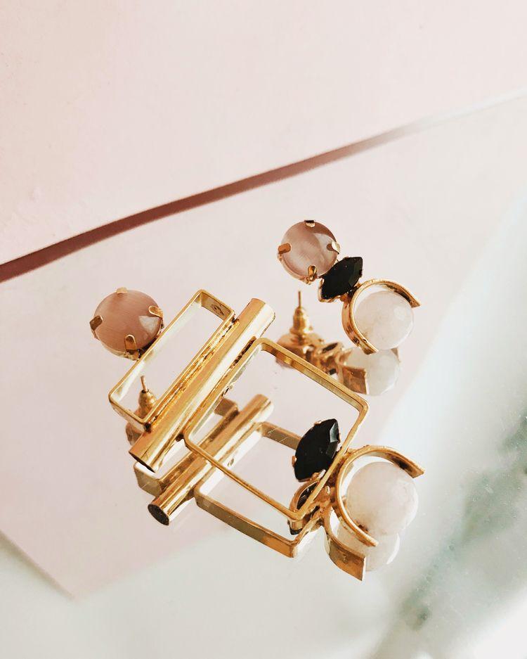 Asymmetrical earrings - designer - monad_design | ello
