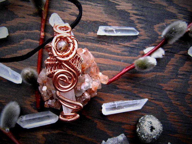 Magical copper wire wrapped qua - wildmoonchilddesigns | ello