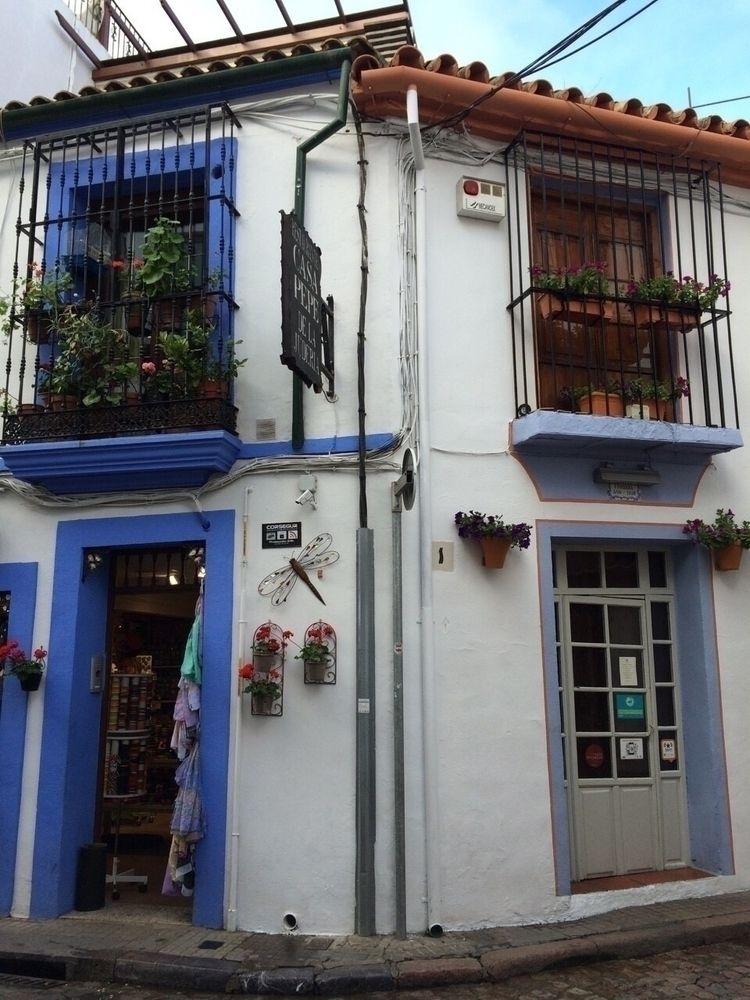 Spain, travel, blue, white - kuru_ | ello