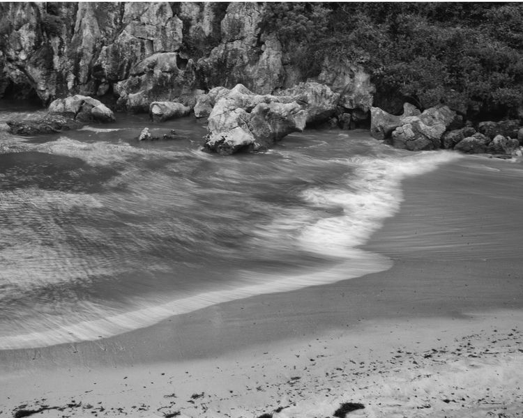 Gulpiyuri Beach, Asturias, Spai - guillermoalvarez | ello