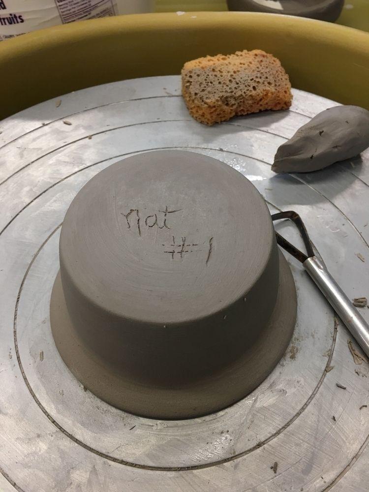 potter started beginner pottery - potterybynatalie | ello